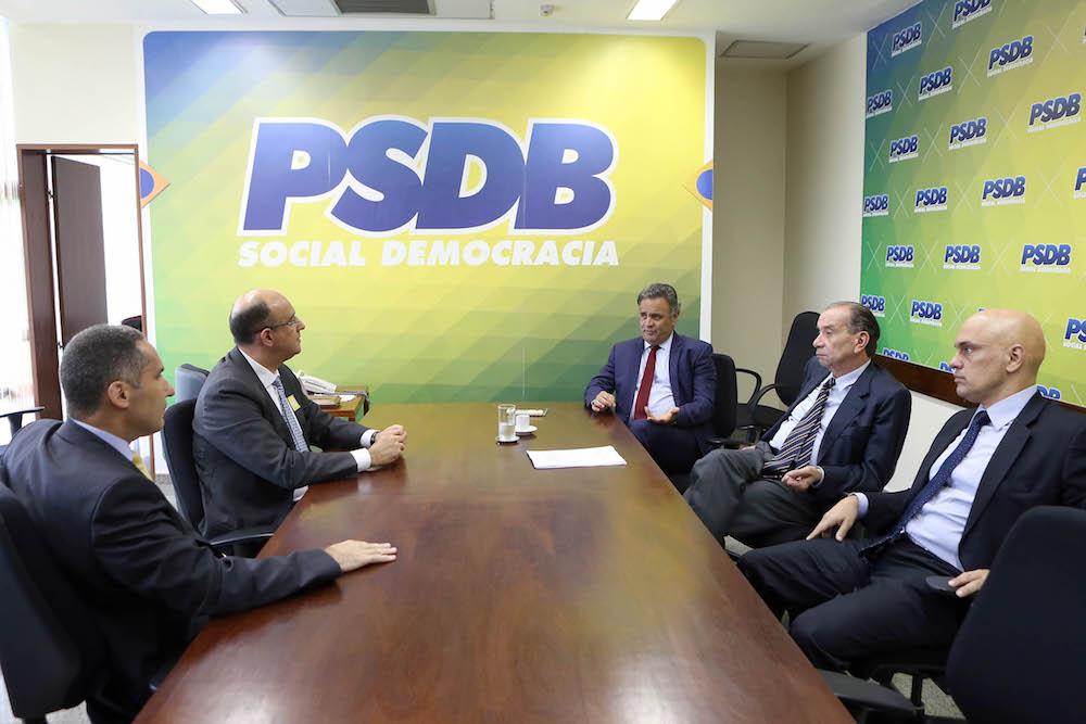 Reunião Aécio Ministro Justiça