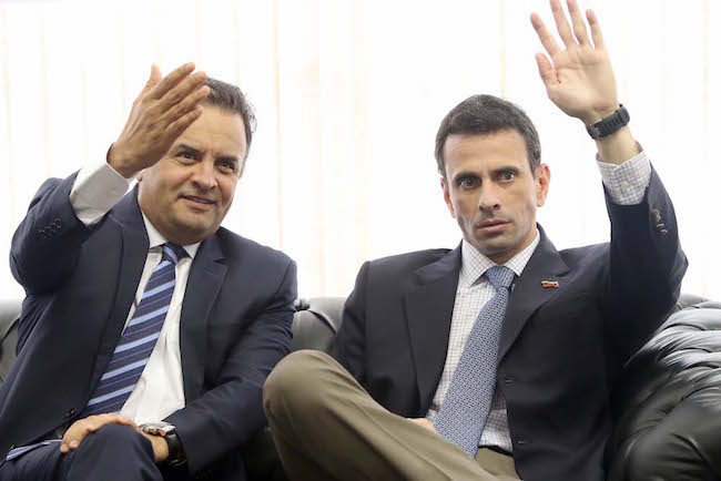 Aécio Neves com Henrique Capriles