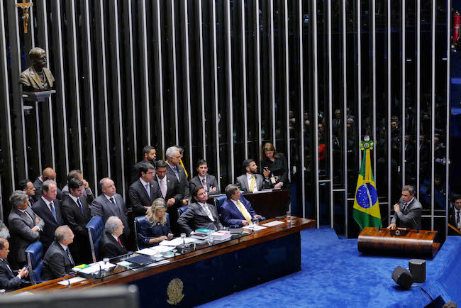 Aécio Neves na sessão de jugamento do impeachment