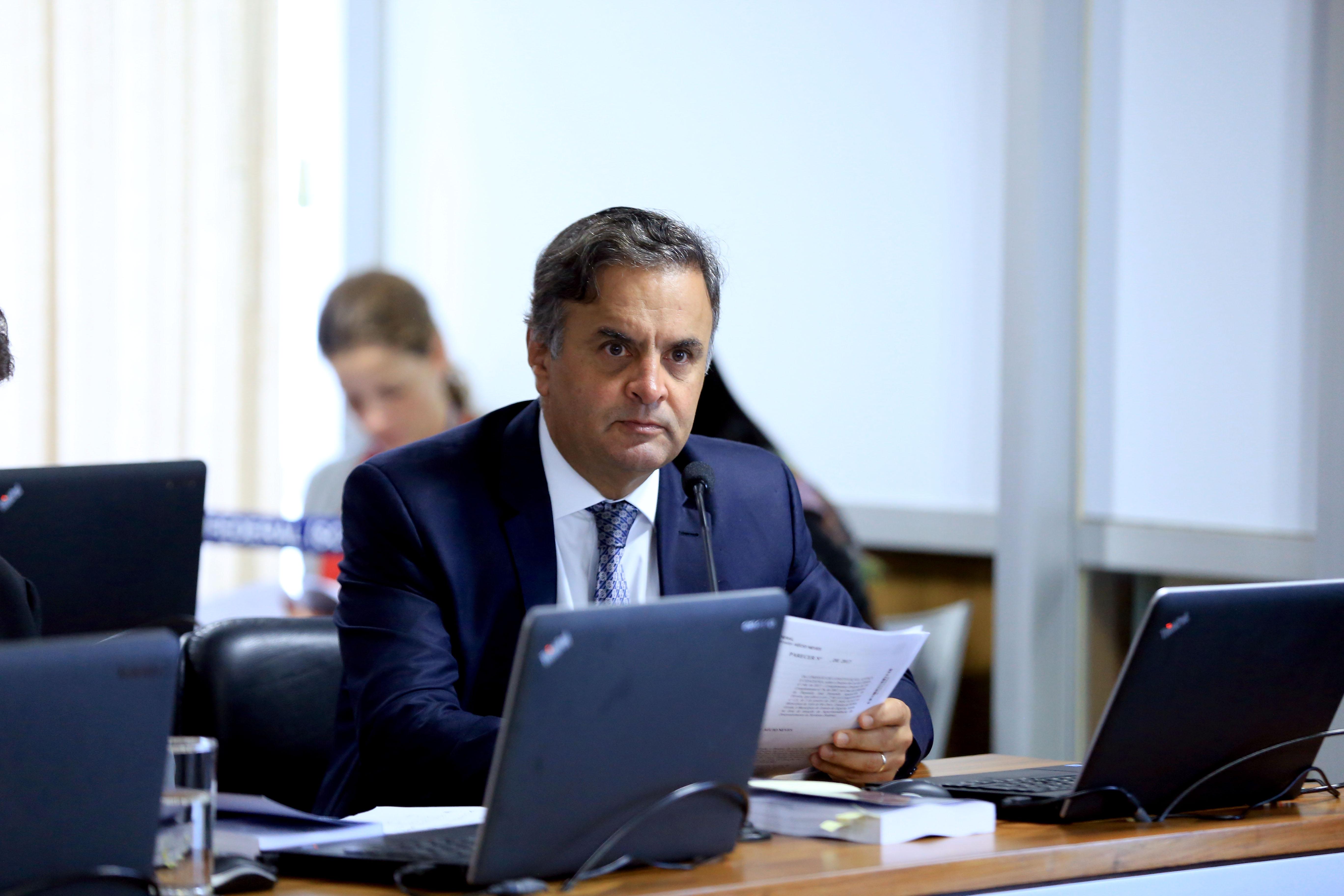 21-02-18 Senador Aécio Neves participa da  CCJ - Foto Gerdan Wesley (11)